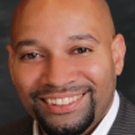 Portrait photo of board member R. Daniel Lavelle