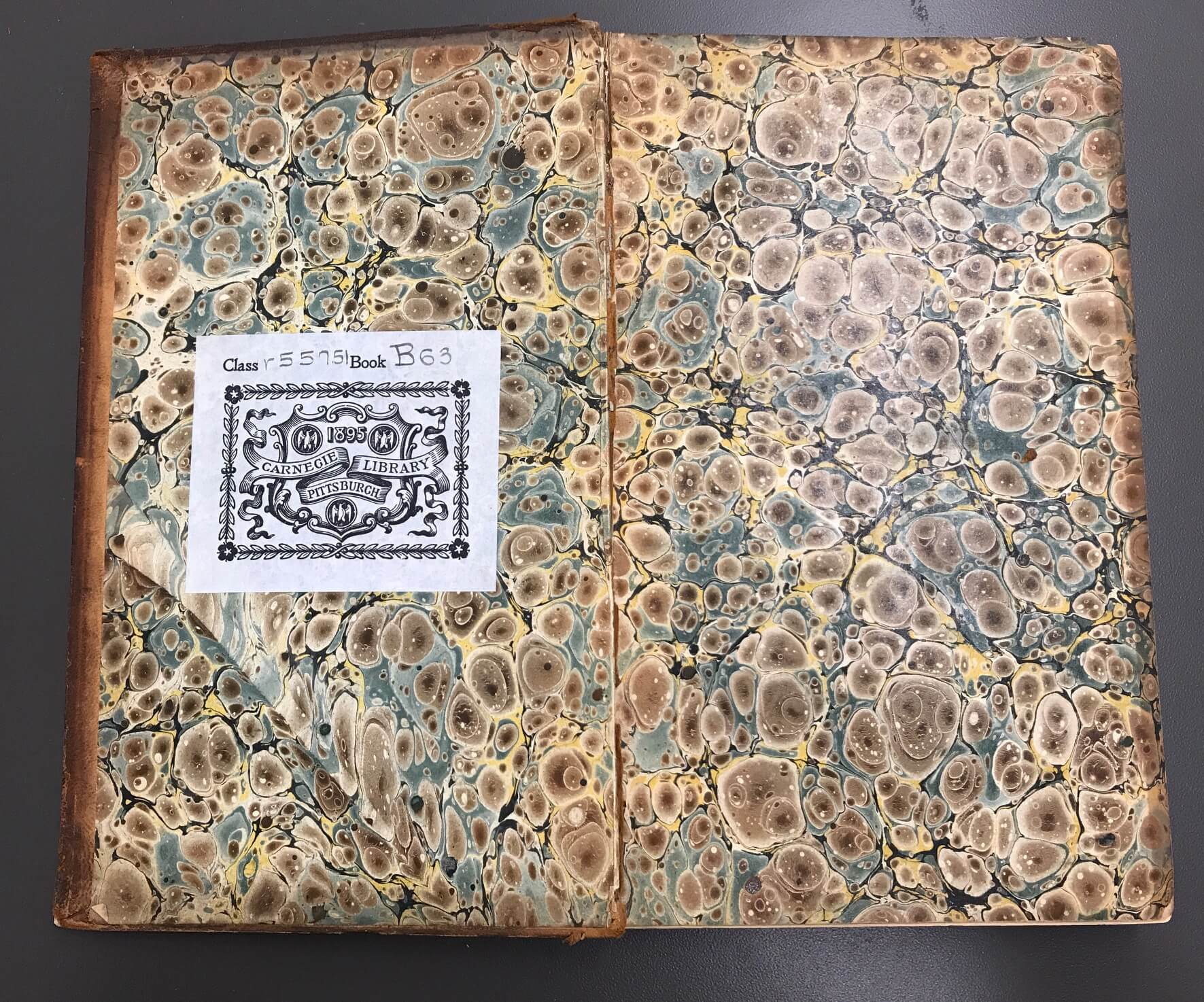 Discover Historic Bookbinding Marbled Endsheets