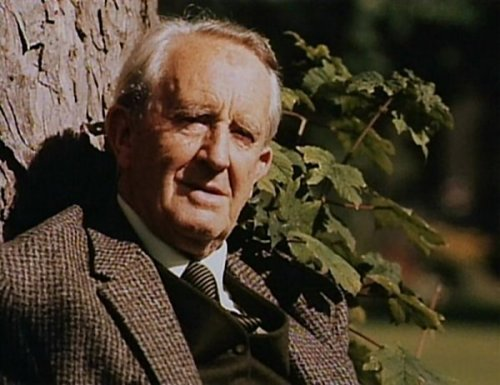 on tolkien u0026 39 s fellowship  and re-reading
