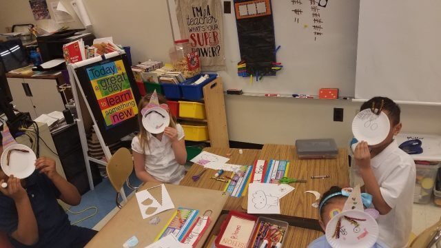 Students create a unicorn craft.