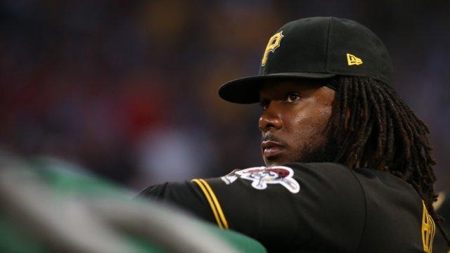 Close up of Pittsburgh Pirates first baseman Josh Bell at bat.