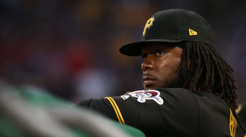 Close up of Pittsburgh Pirates firstbaseman Josh Bell at bat